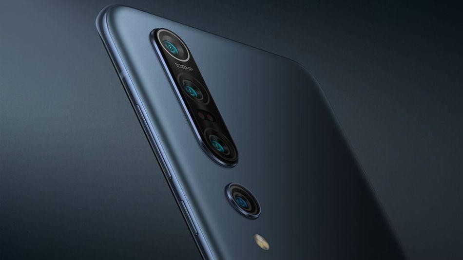 Xiaomi Mi 10 Pro is basically a cheaper Samsung Galaxy S20 Plus