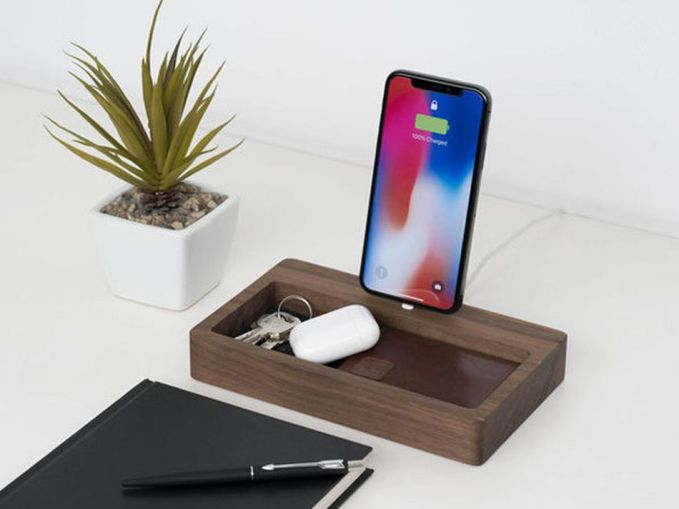Organize your office with these beautiful charging media for sale