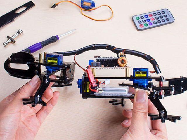 3D Printers, Raspberry Pi kits, and Arduino kits on sale
