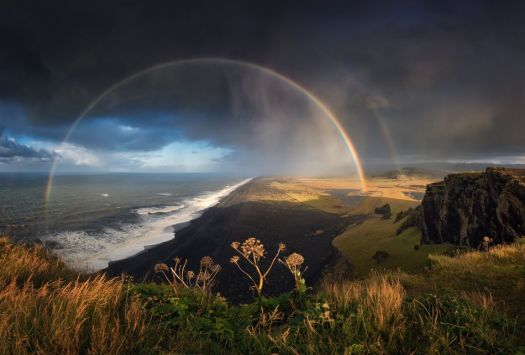 Spectacularly beautiful weather photos will remind you what the outdoors looks like 7
