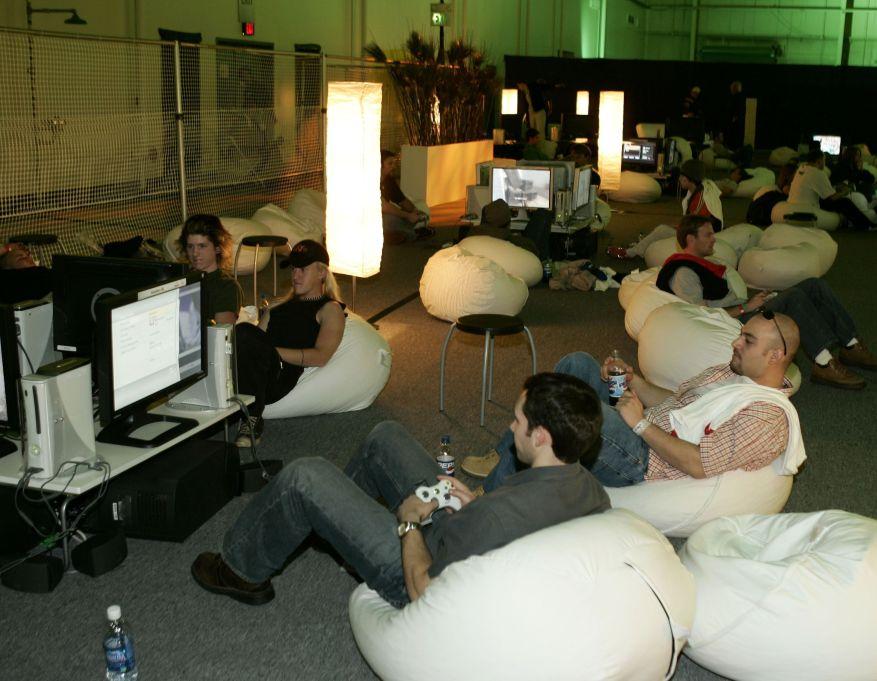 Hace 15 años, la Xbox 360 se lanzó en el desierto.  Fue un evento salvaje.