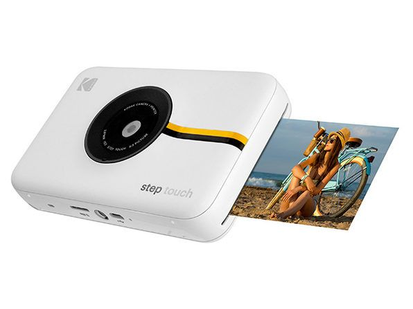 Capture and print memorable moments with the 3-in-1 Kodak Step