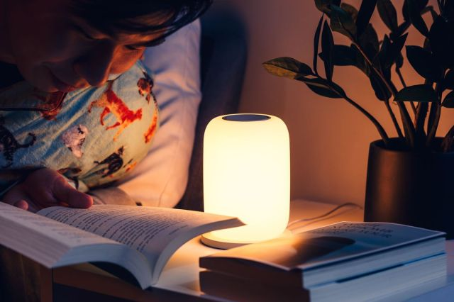 The Glow doesn't emit blue light, only yellow light, which is supposed to aid in falling asleep.