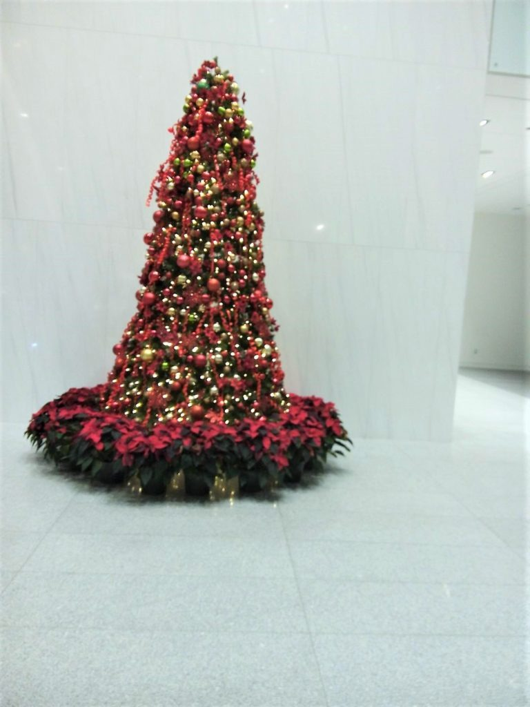 Christmas decor for corporate office