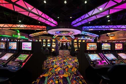 Все о том как нужно играть в автоматах в казино лас вегаса игровое казино скачать на компьютер