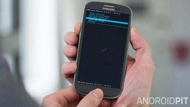 Как загрузить Galaxy S3 в режим восстановления