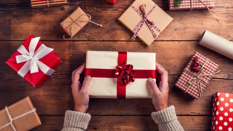 6 подарочных карт в последнюю минуту, которые спасут ваши рождественские покупки