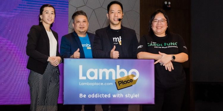 (From left to right) Ms. Nathalie Chong, Community Manager of Internet Alliance, Mr. Calvin Khoo, Director of LamboMove, Dato' Jason Yap, CEO of LamboPlace and Ms. Carol Fung, Head of SME Adoption (MDEC E-commerce Division)