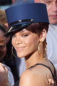taxes and rihanna net worth
