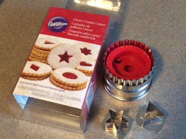 Linzer cookie cutter set