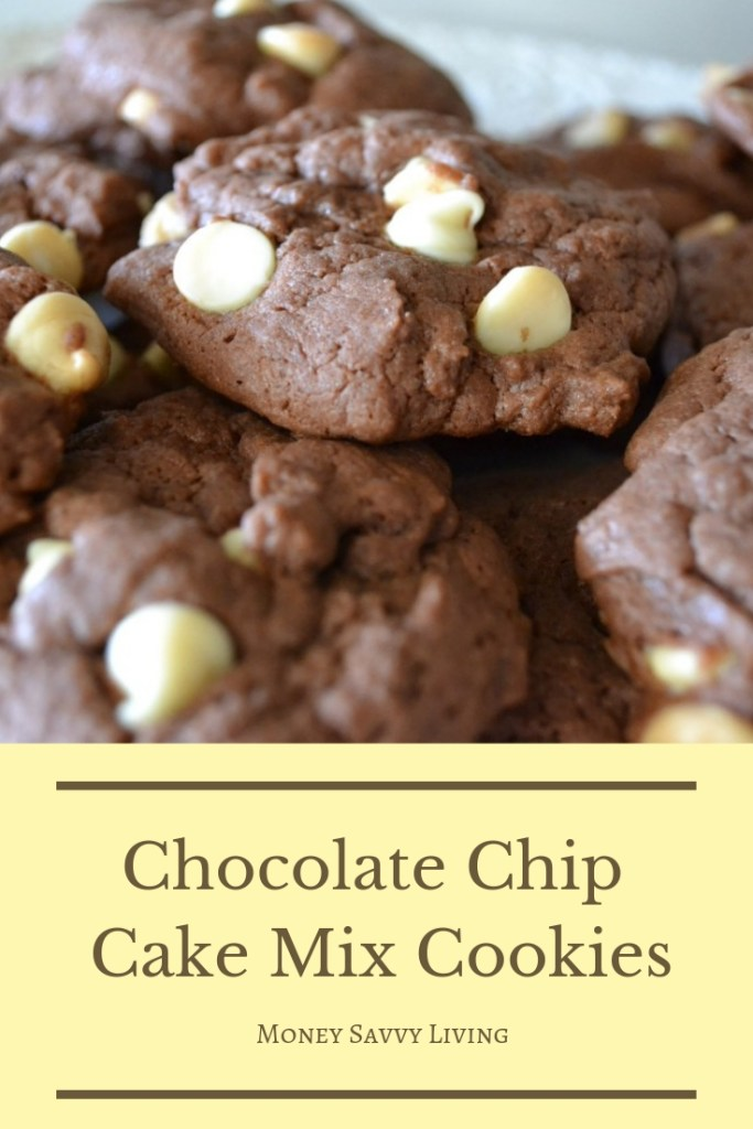 This recipe for chocolate chip cookies is so quick and easy, you will never need to buy a package of store-bought cookies again! You are going to love these semi-homemade double chocolate chip cake mix cookies! #chocolatehipcookies #cookierecipe #cakemixcookies #easydessert #semihomemade