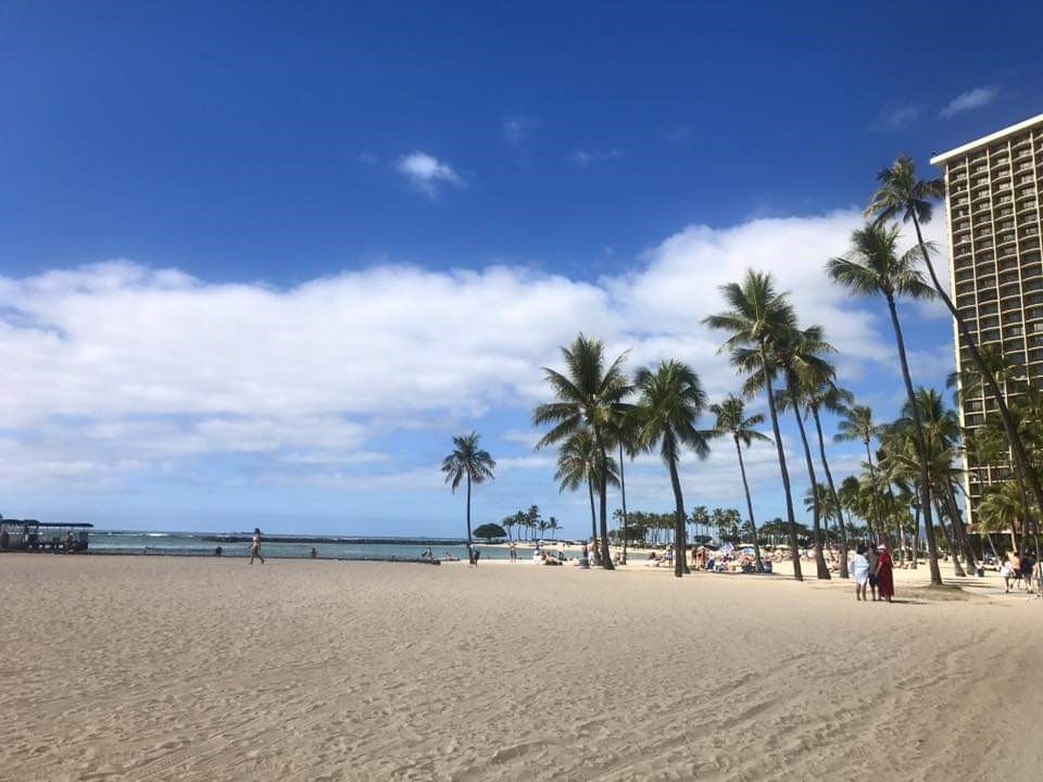 Planning a trip to Hawaii? Here are som of the Best Beaches in Oahu, Hawaii! #Hawaii #Oahu #hawaiibeaches #oahubeaches #Hawaiianvacation #beachvacation #Waikiki #waikikibeach