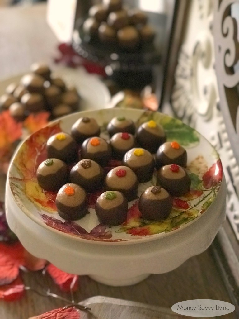 Buckeyes recipe made with maple peanut butter! If you love the classic peanut butter and chocolate buckeyes, you are going to love these buckeyes, made with maple peanut butter! #buckeyes #buckeyesrecipe #maplepeanutbutter #jifrecipe @jif #dessert #dessertrecipe #maple #peanutbutter