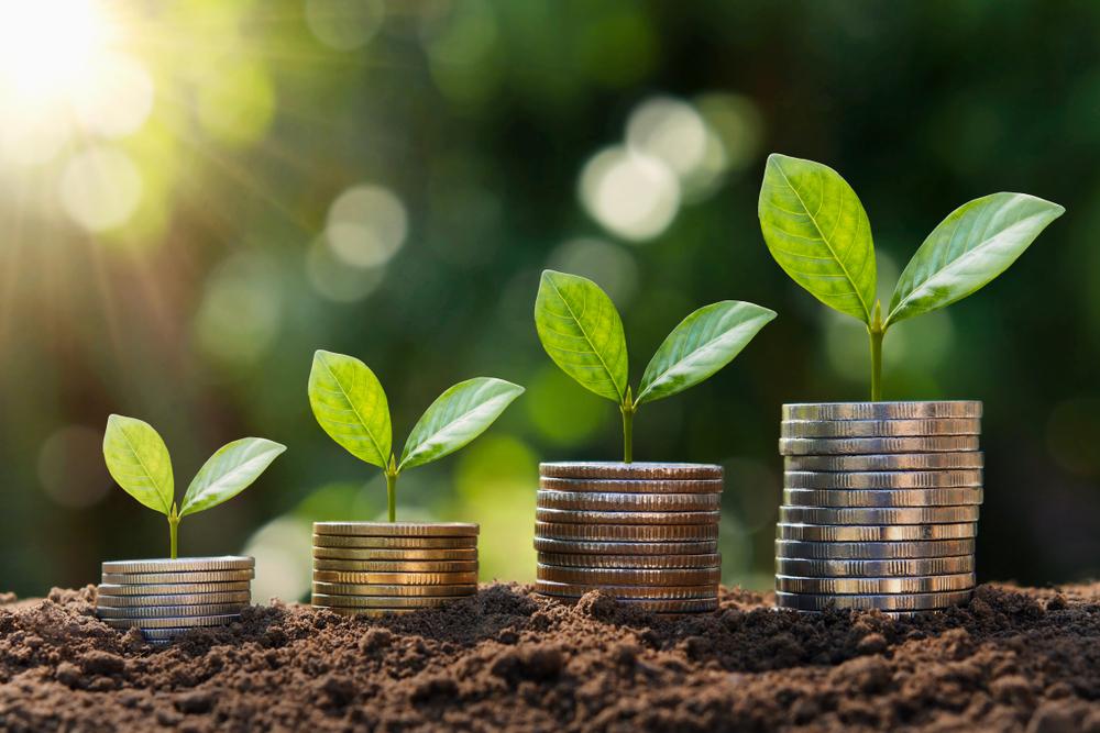 老後資金2,000万円の貯蓄にも! お金により好かれるために 初心者の基礎と5つの投資方法をSBI生命がWeb上で公開