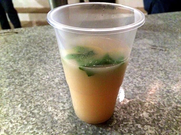 カサベルメハのフラメンコフェスティバルのスープ