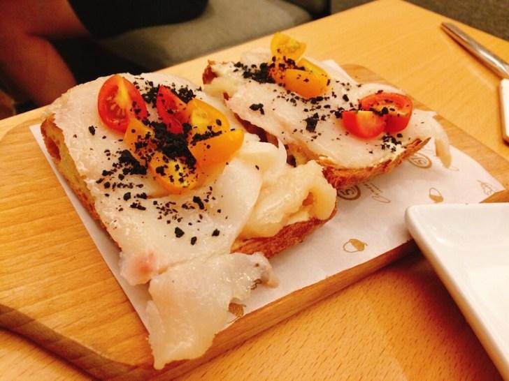 バルセロナ5Jの鱈のタパス