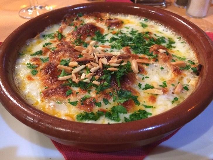 セビリアのハラルフードレストランの郷土料理