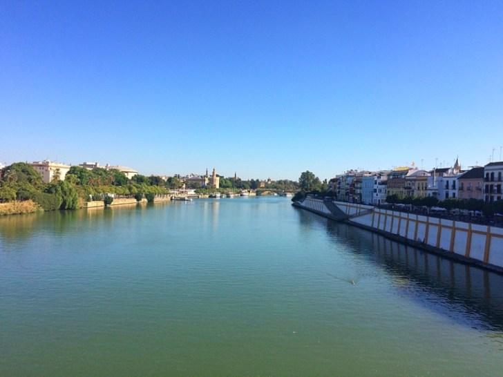 セビリアのトリアナ橋から見た景色