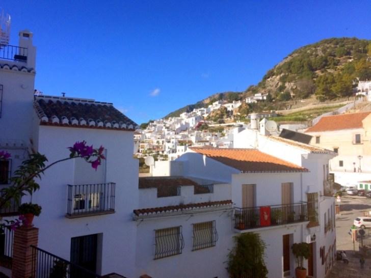 スペイン一美しい村フリヒリアナの家
