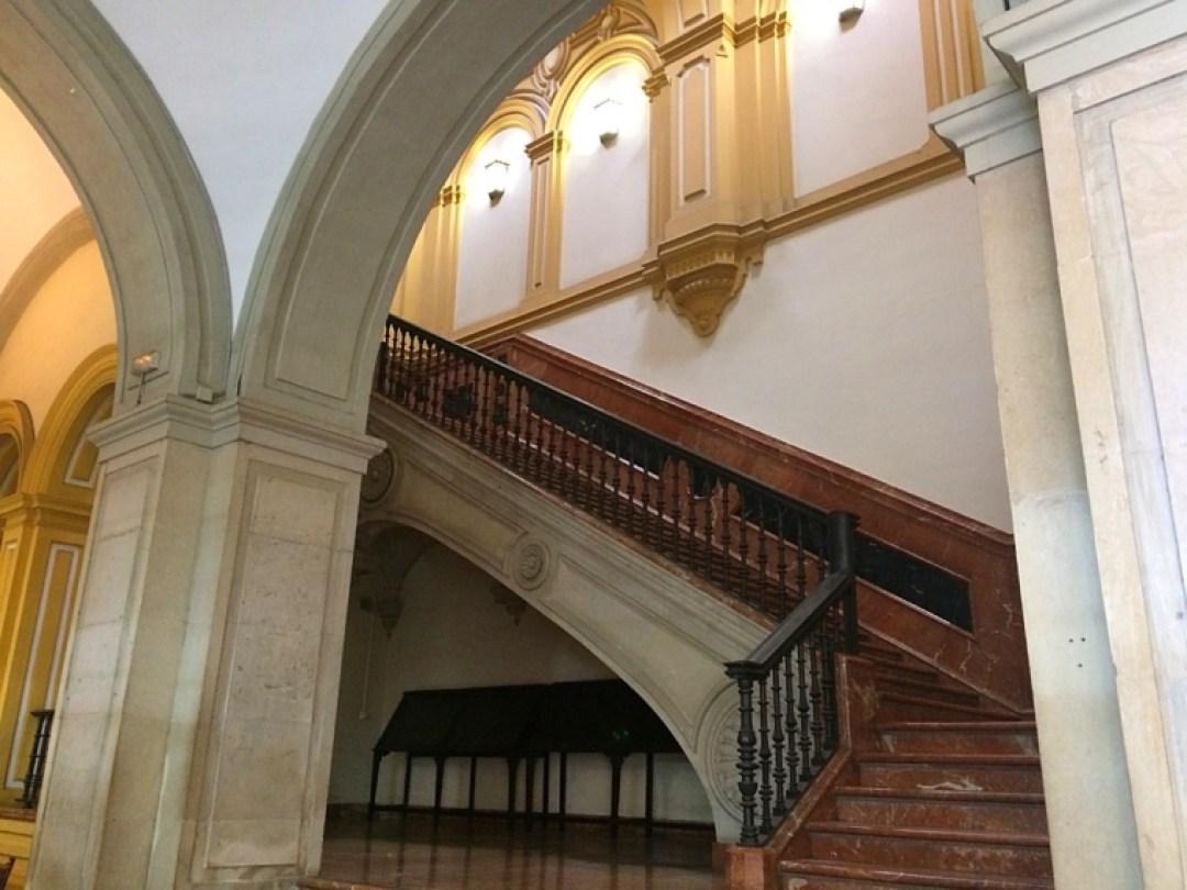 セビリア大学の校舎