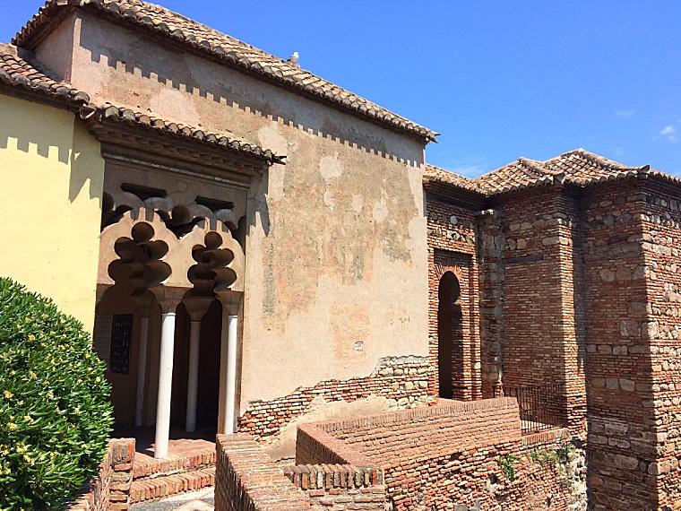 マラガのアルカサバの建築様式