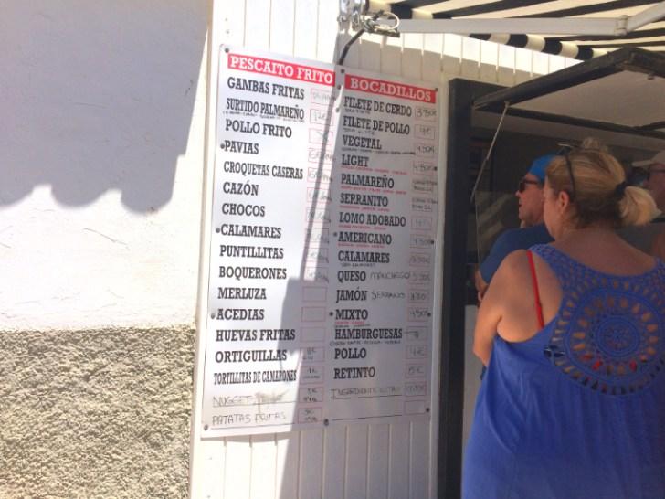 スペインのエル・パルマルのビーチのテイクアウトの店
