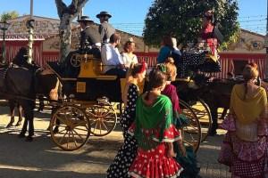 セビリアの春祭り『Feria de Abril』の公共交通機関と運行予定