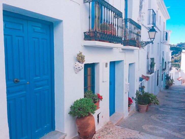 スペインの白い村フリヒリアナ