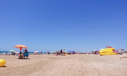 コロナ禍で今年初ビーチに出かけるの巻 〜砂浜でもマスク着用