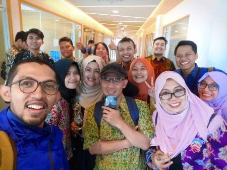 Tempat Nongkrong di Bandung ya Pasar Pinuh Greko Creative Hub