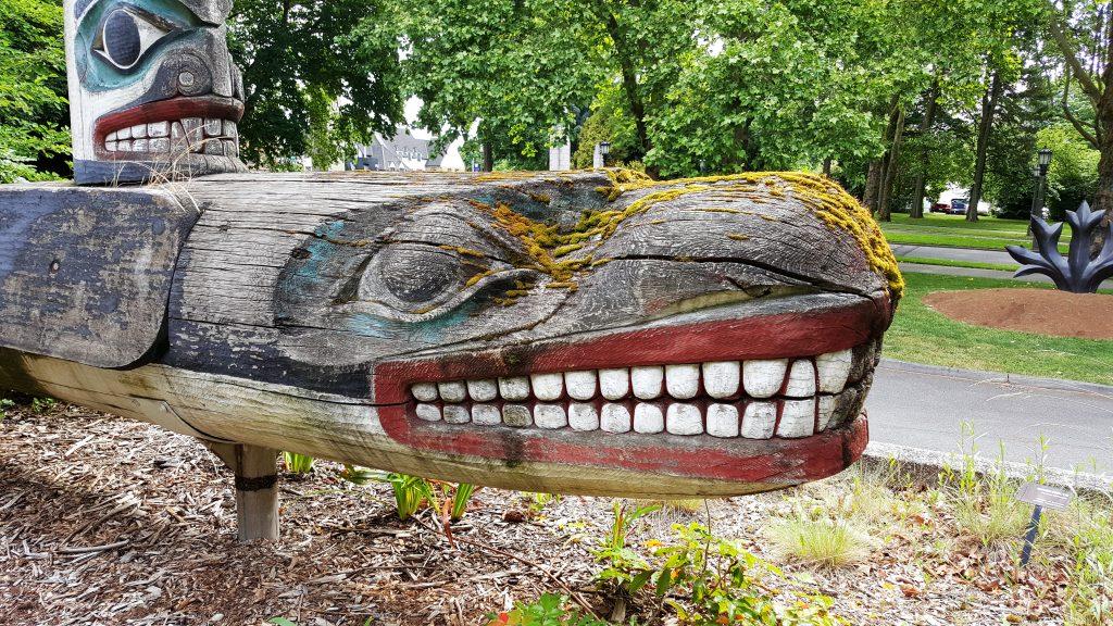art of seattle Totem outside of Burke