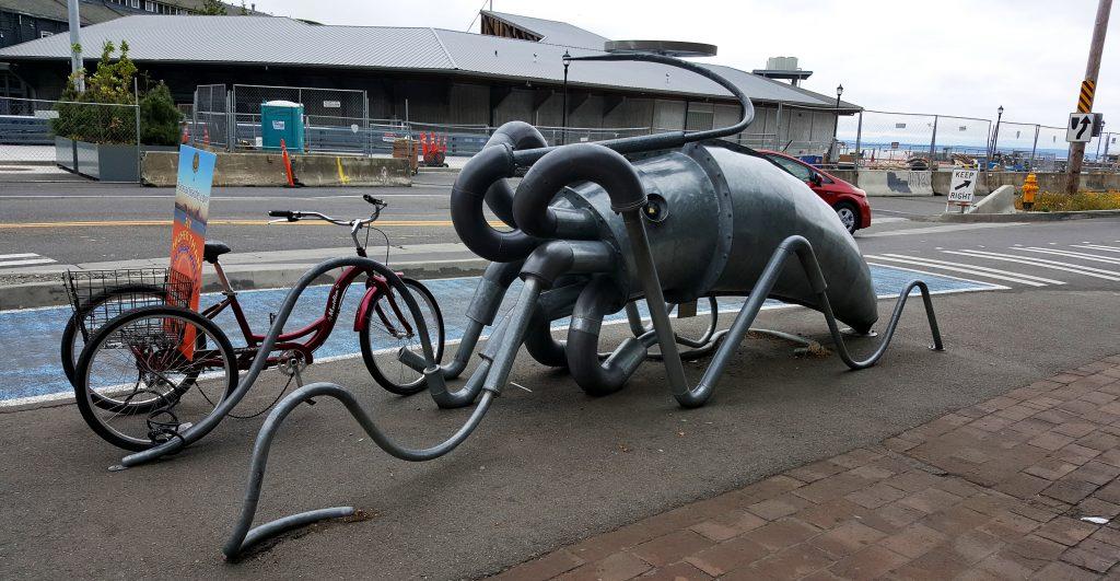 art of seattle squid bike rack at pike