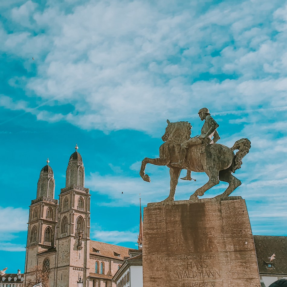 Equestrian statue of Hans Waldmann