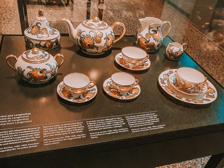 crockery set displayed at zurich national museum