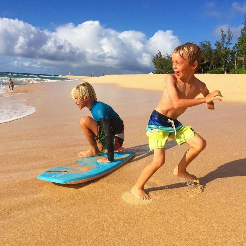 levi beach play