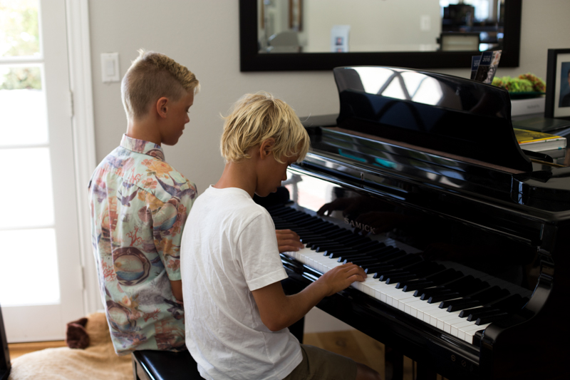 boys piano