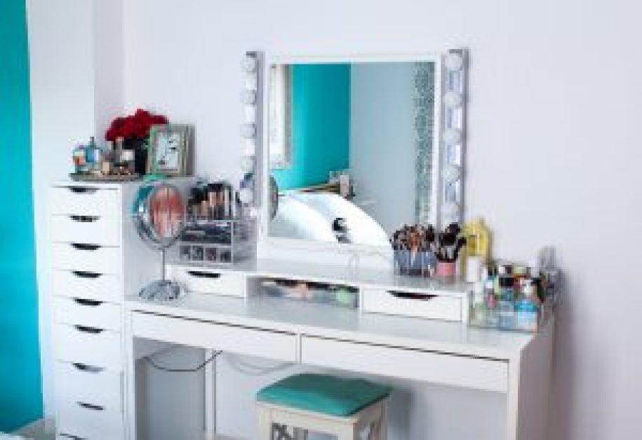 tocador-colecion-maquillaje-monica-vizuete