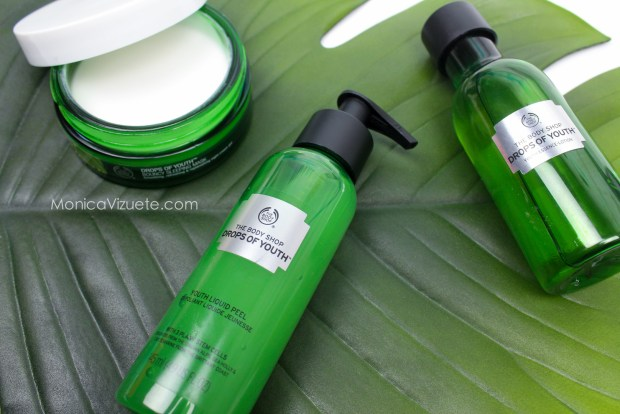 Peeling-líquido-dropsofyouth-the-body-shop-monica-vizuete