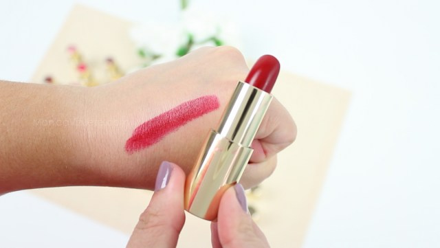 Monica-Vizuete-Swatches-Pierre-Rene-Royal-Mate-lipstick-18-Aurora-Red