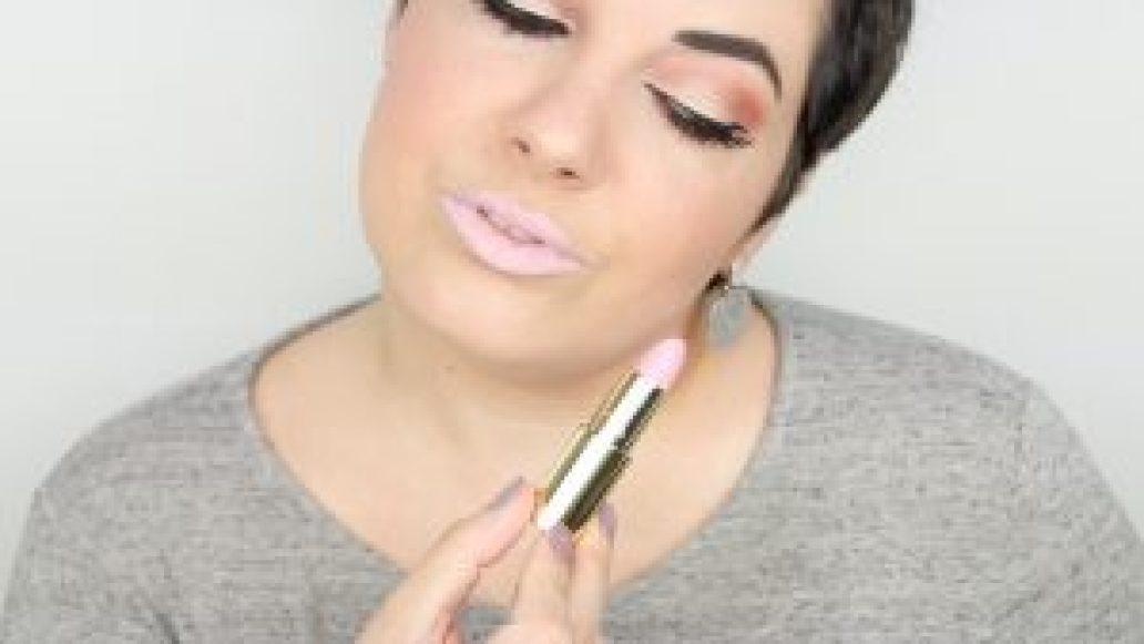 Monica-Vizuete-Swatches-Pierre-Rene-Royal-Mate-lipstick-01-bllush-silk