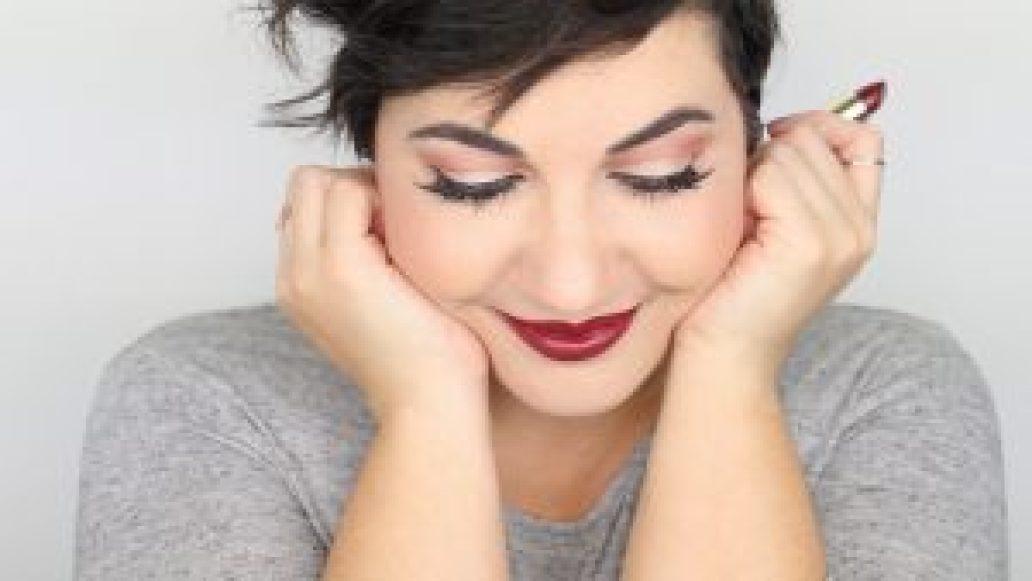 Monica-Vizuete-Swatches-Pierre-Rene-Royal-Mate-lipstick-24-hot-marsala
