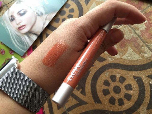 Monica-Vizuete-Neve-cosmetics-review-lipstick