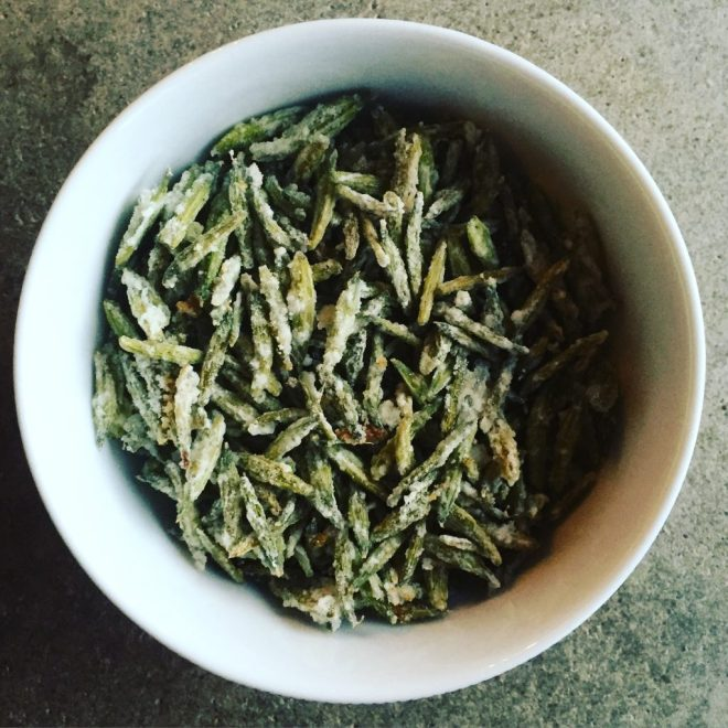 Green sweet cicely seed mukhwas