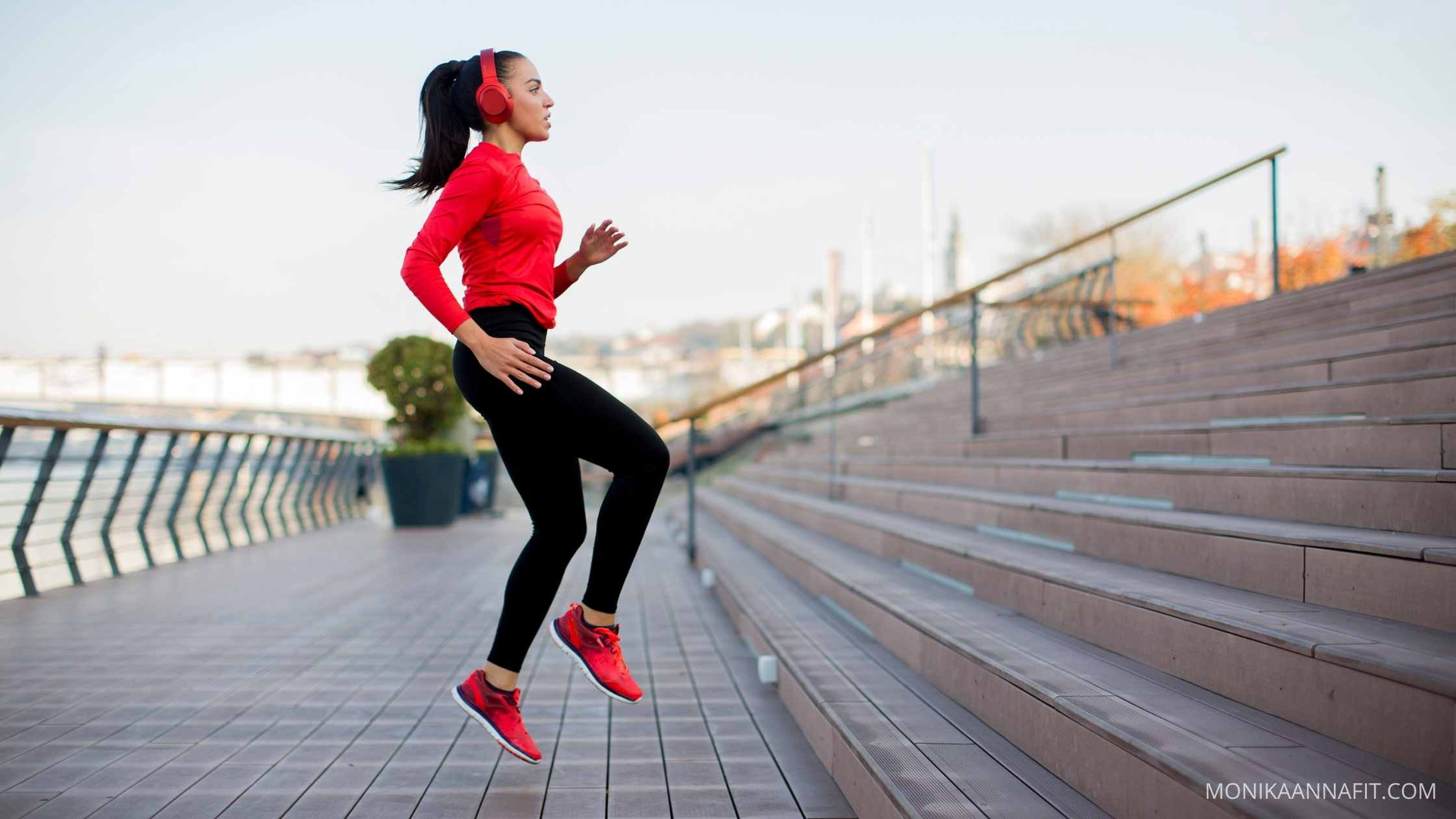 Woman exercising on the stairs, 6 tips to help you fall in love with exercise monikaannafit.com