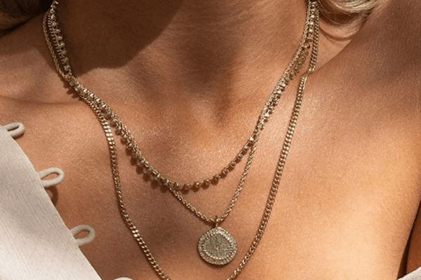 How Jewelry Can Transform Your Look