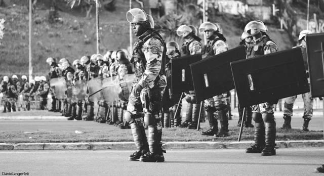 """""""Agora dá pra rolar manifestação pré-copa sem intervenção militar."""""""