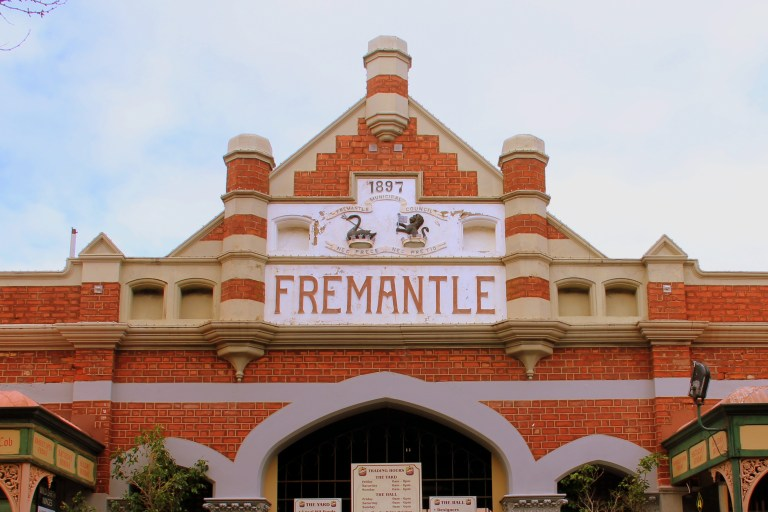 MoniqueLivesLife - Fremantle Markets