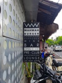 Restaurant Club WahWah Bali Sign