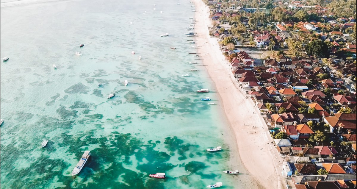 Nusa Lembongan Bali Visa Drone JungutBatu