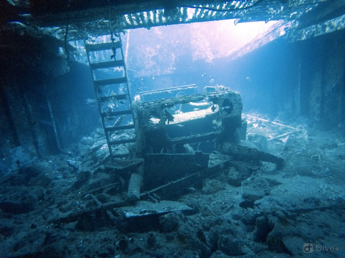 Kubu Shipwreck Tulamben Bali Indonesia 2